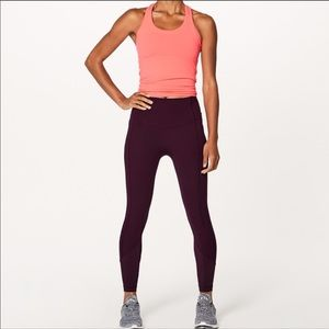 LULULEMON ATRP all the right places burgundy crops